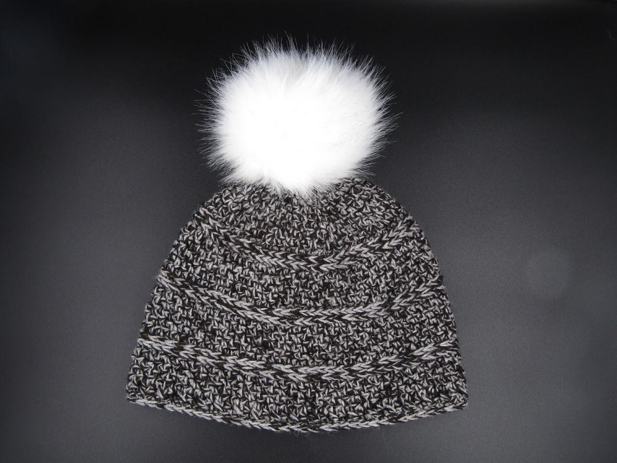 Alpaca Pouf Ball Cap - Gray